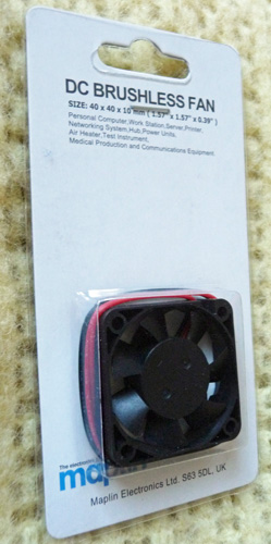 P1180726_fan-on-card_cr_en_lo.jpg